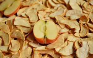 zdrowe, suszone owoce - jabłka